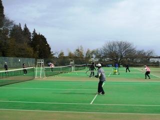 2月初旬のテニス風景