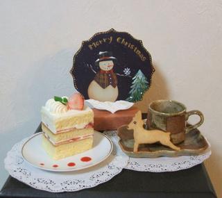 自分で作るクリスマスグッズとパティシエ自慢のケーキ